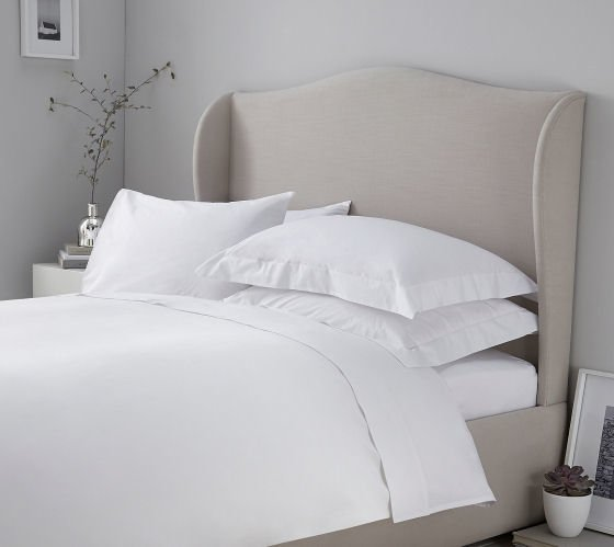 The White Company bedding: 200TC Egyptian cotton white bedlinen in contemporary bedroom setting