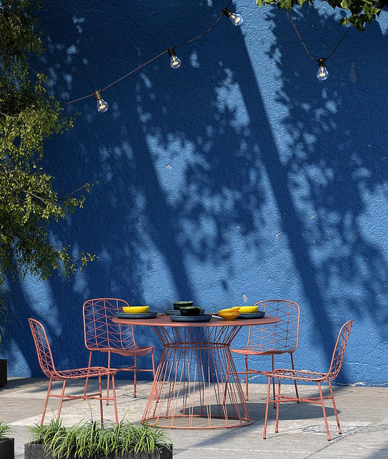 Ray Round Outdoor Metal Table and Chair set