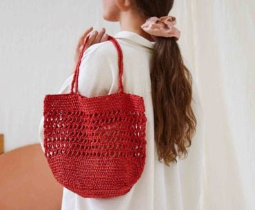 Wool and the Gang Ra-Ra Raffia crochet bag