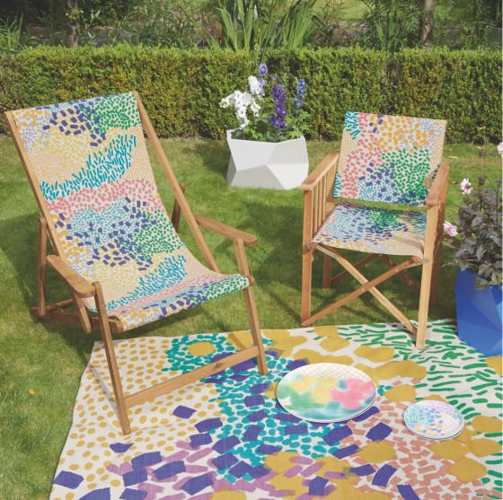 deckchairs and directors chairs are outdoor furniture classics and rightly so theyre very affordable fantastically versatile and habitat have a great - Garden Furniture Colours