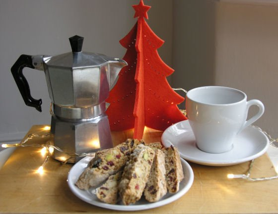 Christmas Biscotti with pistachios and cranberries