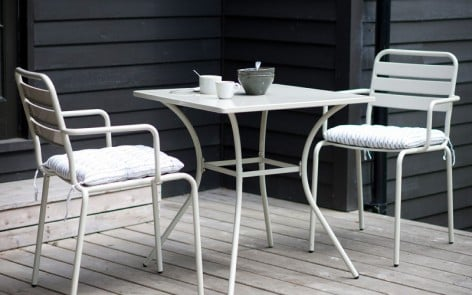 Dean Street Contemporary Bistro Set in light grey
