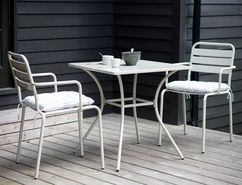 6 of the best bistro sets for small gardens colourful - Bistro sets for small spaces collection ...