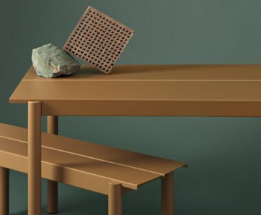Muuto Linear outdoor table and bench
