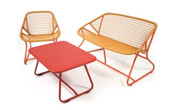 Colourful Garden Furniture For Contemporary Outside Spaces Colourful Beauti