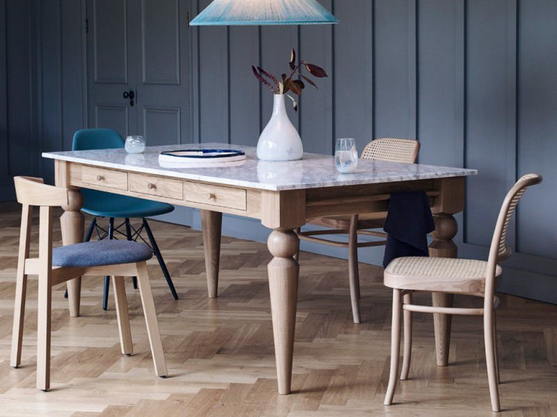 Heal's Cooks Oak Table – modern design icon