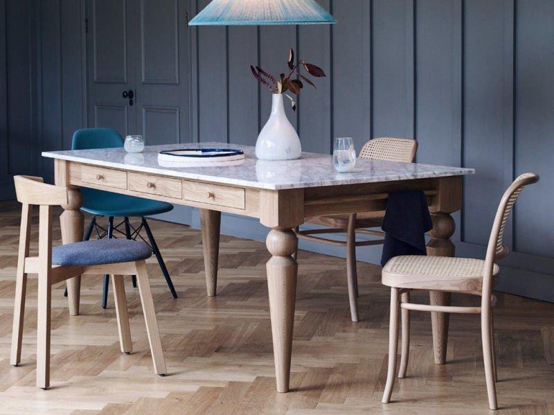 Heal's Cooks Oak Table – modern design icon