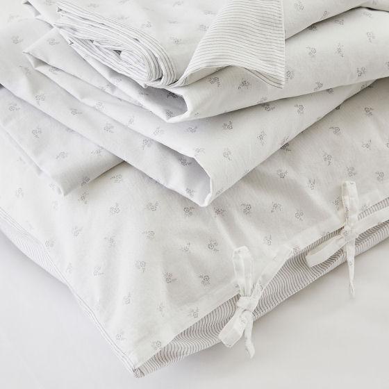 The White Company Laurent Bedlinen Set, fresh & stylish summer bedlinen in sprigged & pinstripe cotton