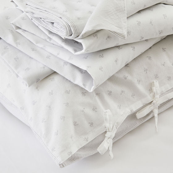 The White Company Laurent Bedlinen Set, fresh & stylish summer bedlinen in sprigged & pinstripe cotton