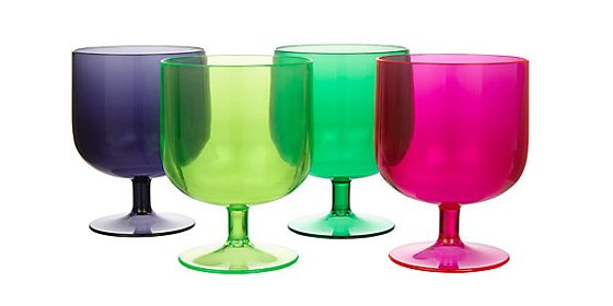 Colourful outdoor tableware - La Selva Stacking Wine Goblets