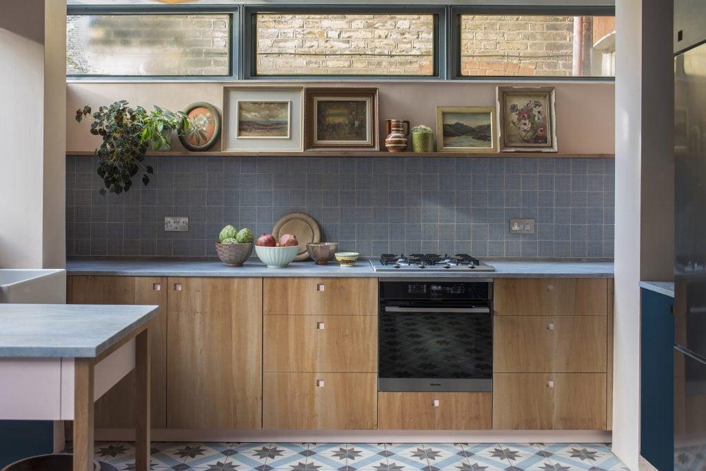 Contemporary kitchen design by Pluck modern kitchen furniture, London