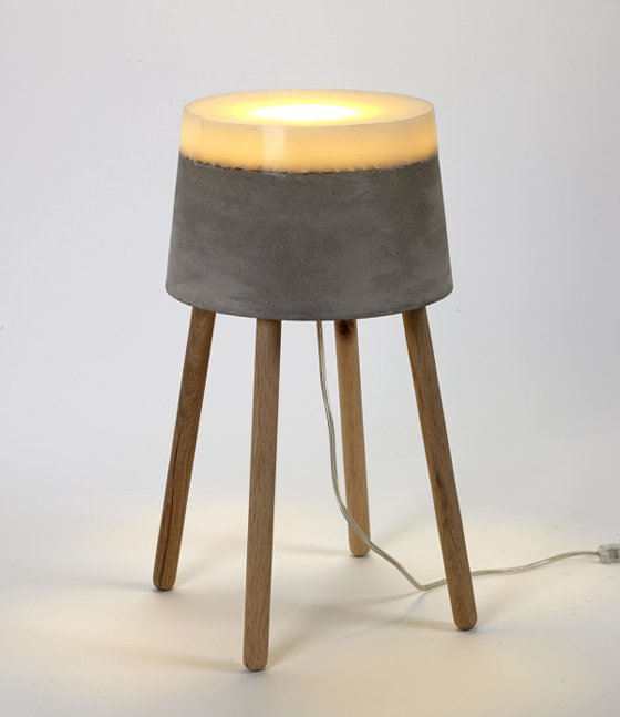 Concrete floor lamp with wooden legs