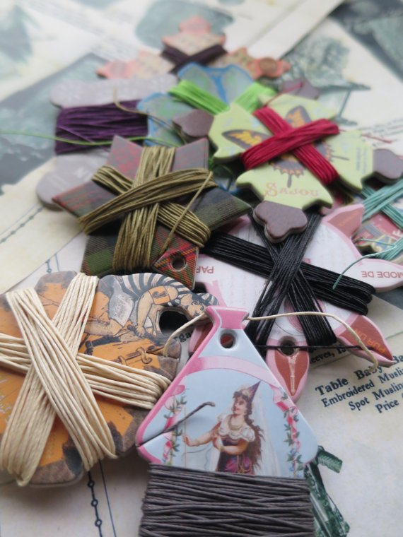 Sajou thread cards with vintage style prints