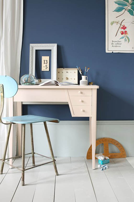 Farrow and Ball Stiffkey Blue on wall with white skirting and floor