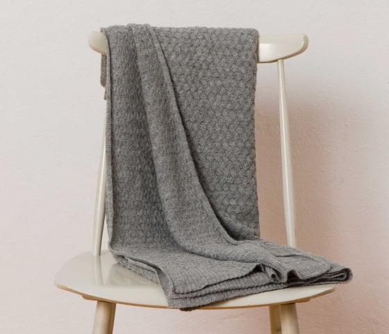 light-grey-alpaca-wool-blanket-nevado