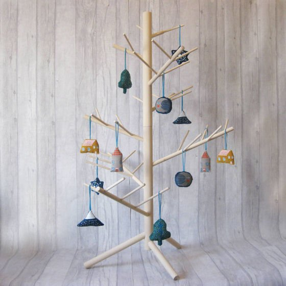 Contemporary Christmas Trees Uk.Contemporary Alternative Christmas Trees For Small Spaces
