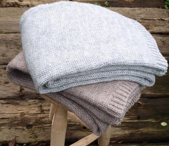 original_alpaca-knit-throw Idyyl Home noths
