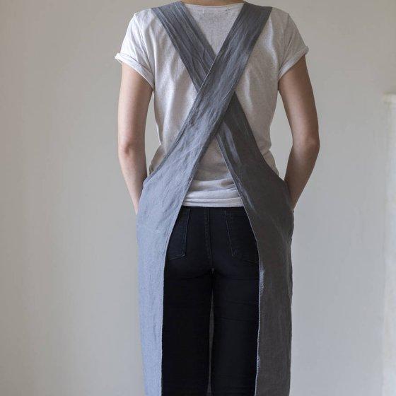 original_linen-artisan-pinny back view
