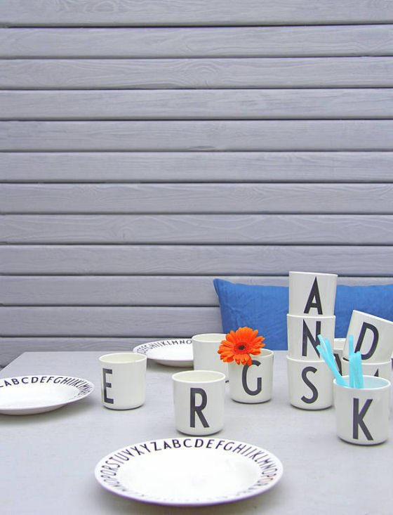 Design Letters melamine cups and plates - contemporary picnicware