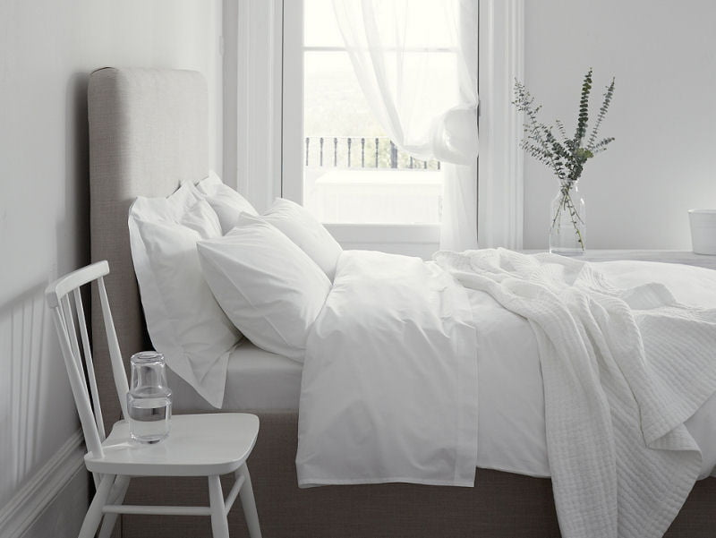 Fresh & stylish summer bedlinen by The White Company